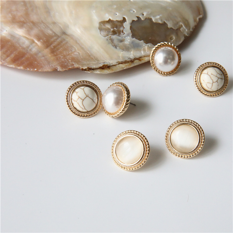 yiwu danyuan jewelry chic elegant resin <strong>pearl</strong> agate turquoise <strong>stud</strong> <strong>earrings</strong> round small cute women <strong>pearl</strong> <strong>stud</strong> <strong>earrings</strong>