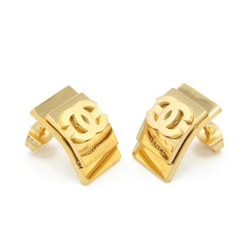 Hot Sale New Fashion Stainless Steel 18K Gold Cheap Wholesale Stud Earrings For Women