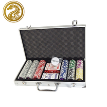 <span class=keywords><strong>Casino</strong></span> Jeu <span class=keywords><strong>De</strong></span> Jeu Mis En Cartes À Jouer Poker Chips Personnalisé <span class=keywords><strong>Logo</strong></span> Cas 300 Poker Chips Set