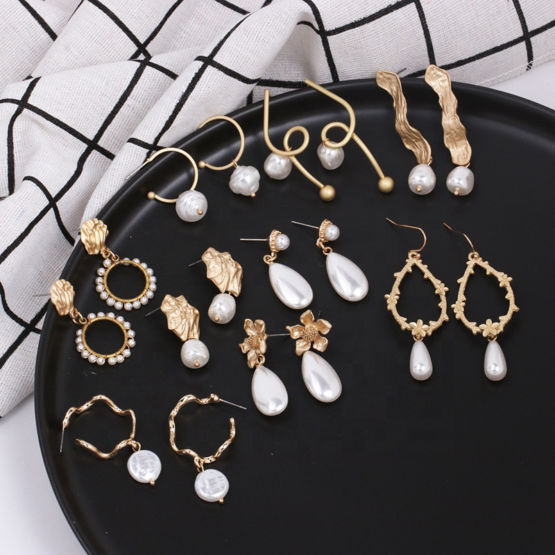 2019 fashion vintage baroque fresh water pearl gold plated statement dangle drop earrings for women, Golden