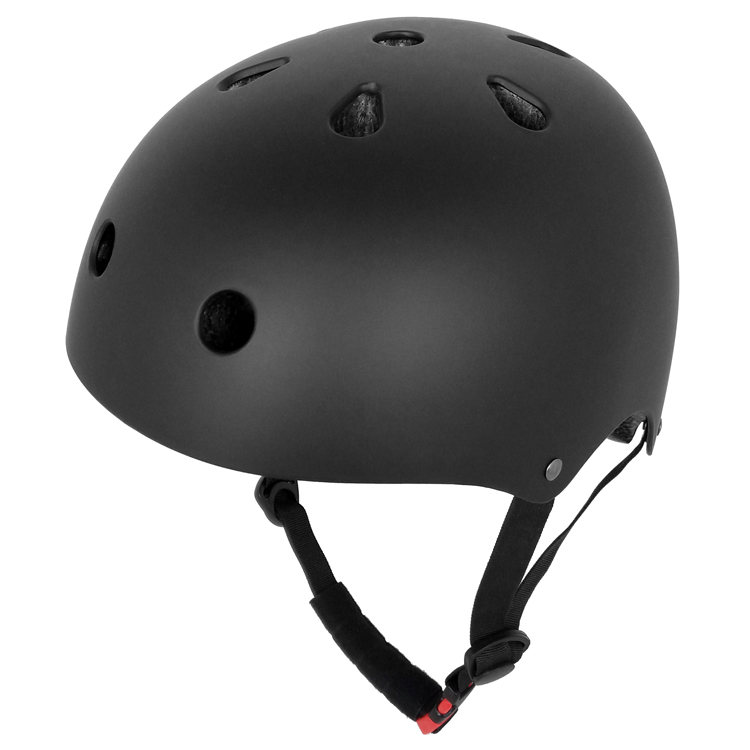 Stunning-Adjustable-Skateboard-Helmet-With-Certifacates-Approval