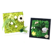Chinese suppliers Luxury gift flower wall hanging preserved flower moss photo frame for home decoration