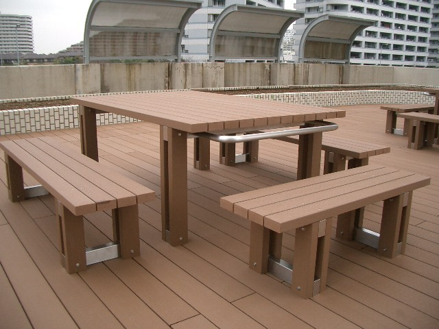 High Quantity Vyokewood Outdoor Furniture Patio One Piece Wood Table Wood Router Table