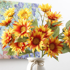Yiyun High Quality Single Long Item 5 Heads Sunflower Fabric Silk Flowers Artificial Flowers For Home & Wedding Decoration