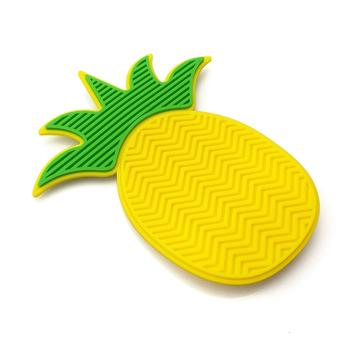 popular pineapple shape silicone makeup brush cleaner mat/pad private label