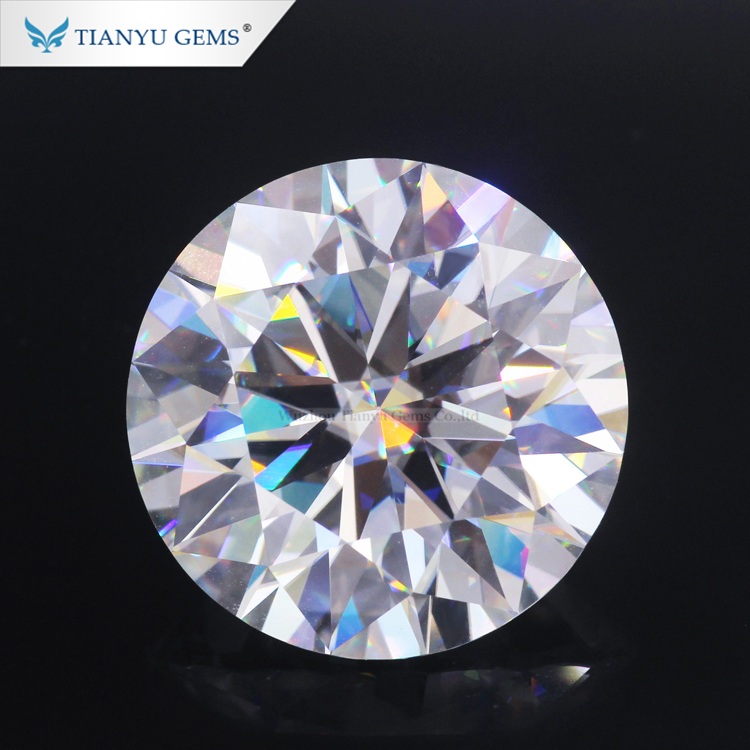Wholesale small size loose <strong>stone</strong> 1mm 1.2mm 1.3mm 1.4mm 1.5mm white moissanite