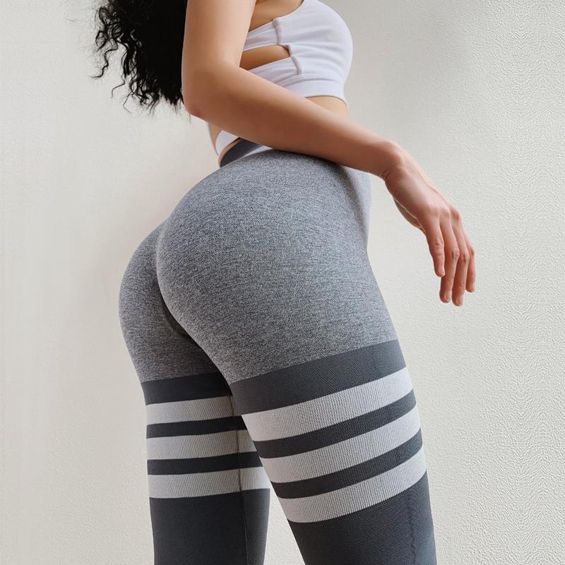Sexy butt leggings by annsp