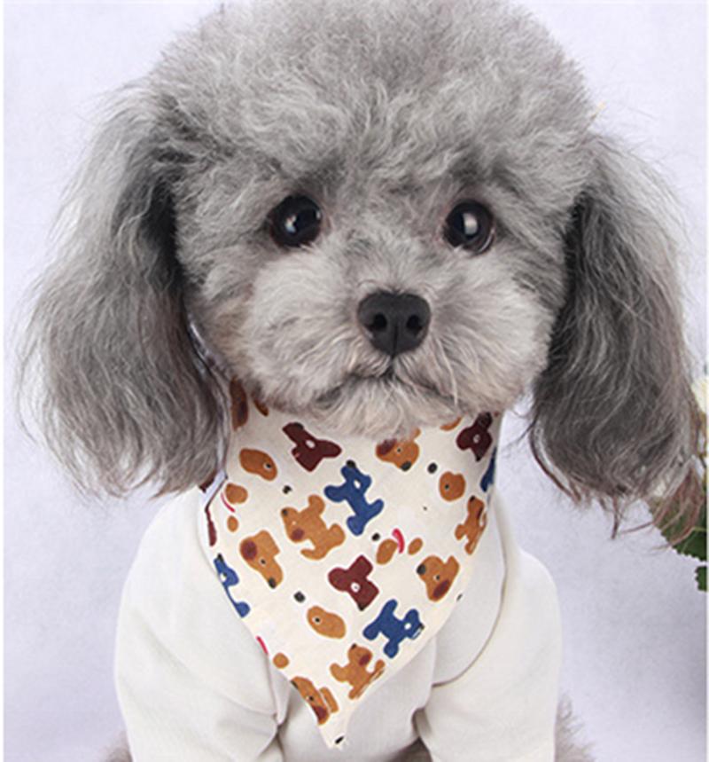 Pink M Pet Bib Fashionable Cotton Petal Pattern Pet Dogs Cats Bandana Triangle Bibs Scarf Kerchief Neckerchief Pets Saliva Towel for Small Medium Dogs and Cats