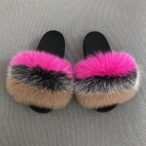Custom fashion indoor Fox raccoon Fur Sliders women outdoor holiday fluffy sandals kids shiny mix color real fox fur Slipper