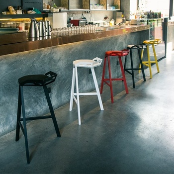 Simple Style Modern Metal High Stool Creative Leisure Home Wrought Iron Bar Chair Buy High Quality Metal Bar Stools Modern Bar Stool Design Bar Stool Chair Product On Alibaba Com