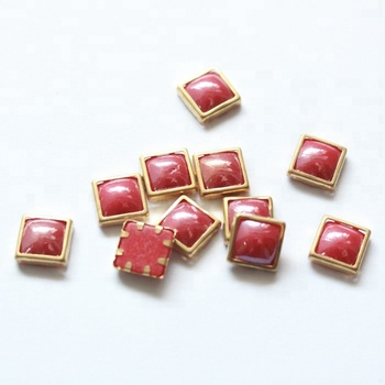 Y0917  Red color rimmed crystals transfer strass   beads Hot Fix Square Shaped  Ceramic Pearl 4*4/6*6/8*8/10*10mm