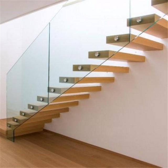 фото лестниц навесных запускают свой длинный