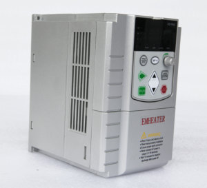 MPPT VFD 2.2kw 3HP solar inverter for irrigation pump borehole pump direct connection no need battery