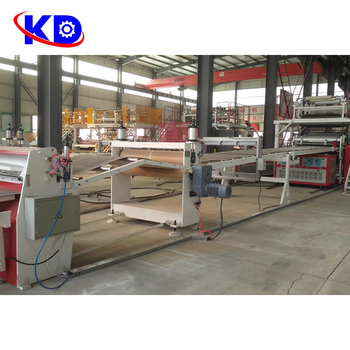 Eenvoudige Bediening Machine Spc Floor Productielijn Spc Floor Making Machine
