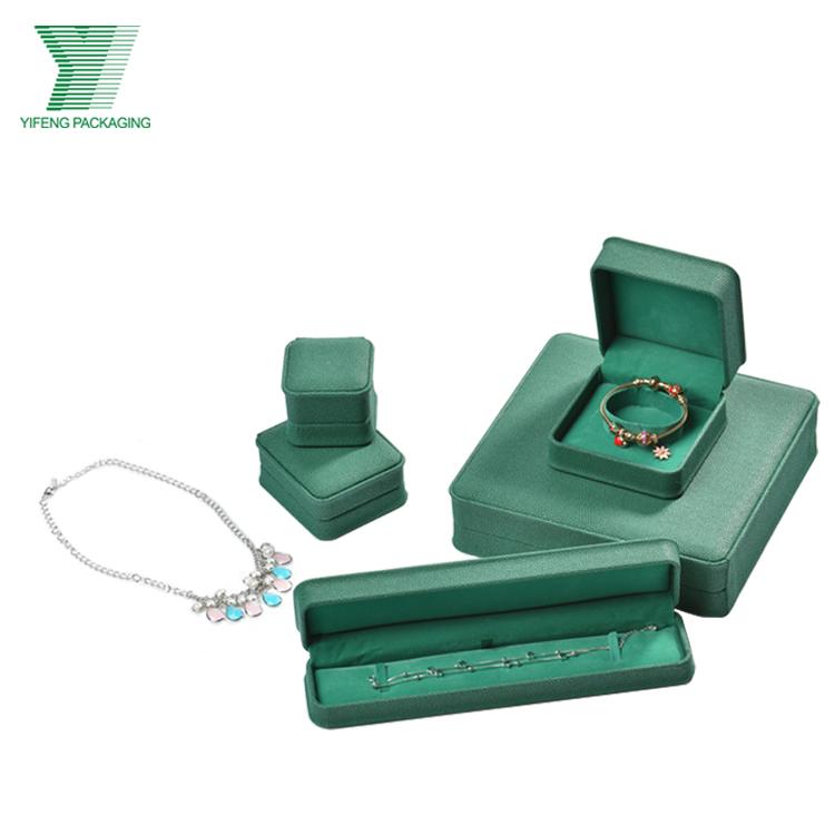 Luxury Bespoke Leather Jewelry Sets