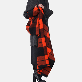 Wholesale 2019 autumn winter women luxury brand cashmere blanket scarf stylish red black plaid acrylic scarf