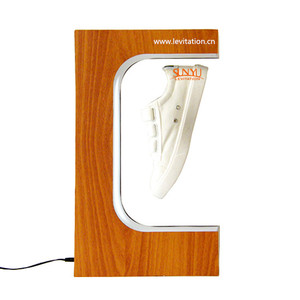 Cheapest shoe display in stock .magnetic floating shoes display, floating display stand(W-1404)