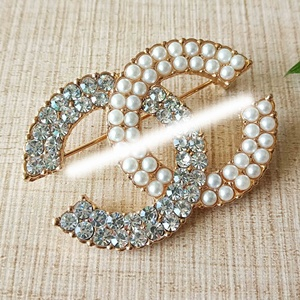 2019 fashion diamond cc channel brooch pins