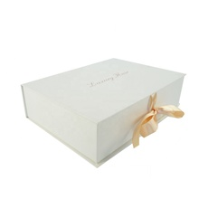 Custom Foldable Gift Box <span class=keywords><strong>보드</strong></span> 와 Ribbon