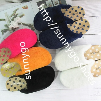 2019 winter fashion Fur slippers keep warm plastic shoes