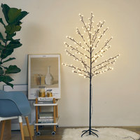 Hot Sale Cherry Blossom Factory Direct Fast Delivery Battery Powered Garden Lamp Table Lamps Home Decoration Tree Light