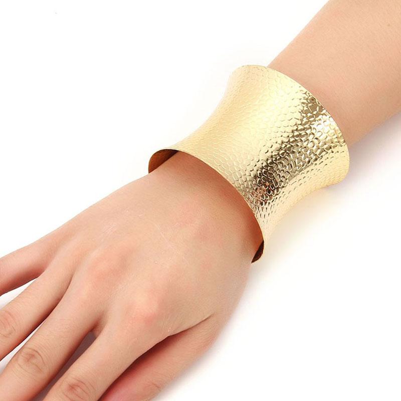 1ef1a72c45f8 Venta al por mayor pulseras de oro anchas-Compre online los mejores ...
