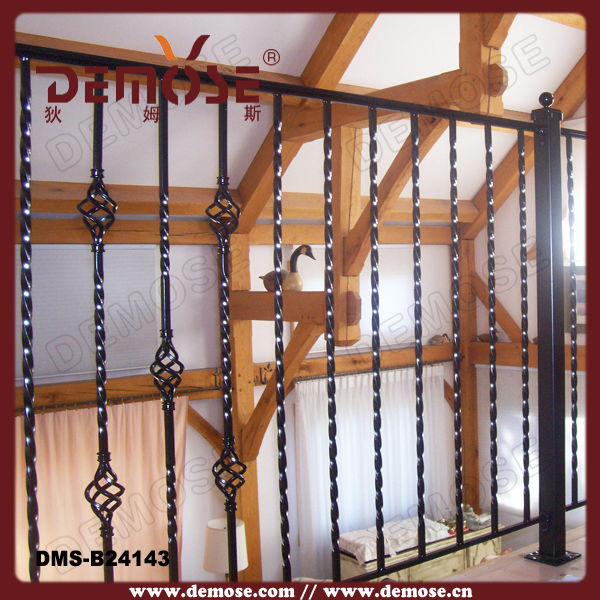 Pictures Of Black Iron Staircase Railing/wood And Iron