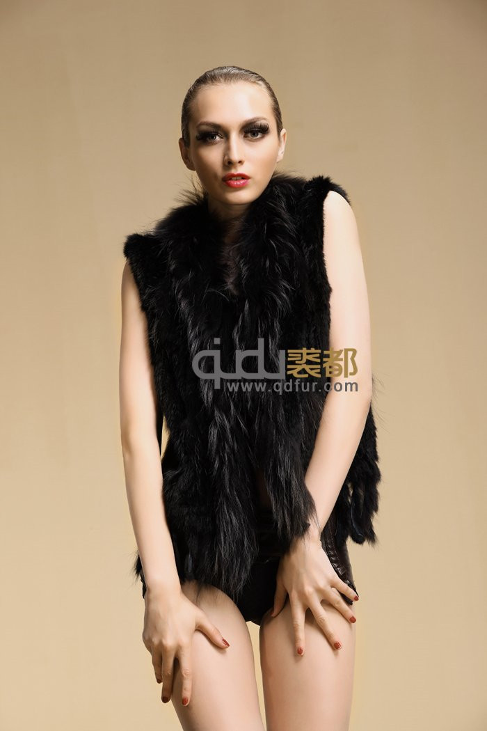 QDMJ001 2016 Wholesale Woman's Clothing Knitting Rabbit Fur Ladies Vests Waistcoats With Raccoon Fur Collar Made In China