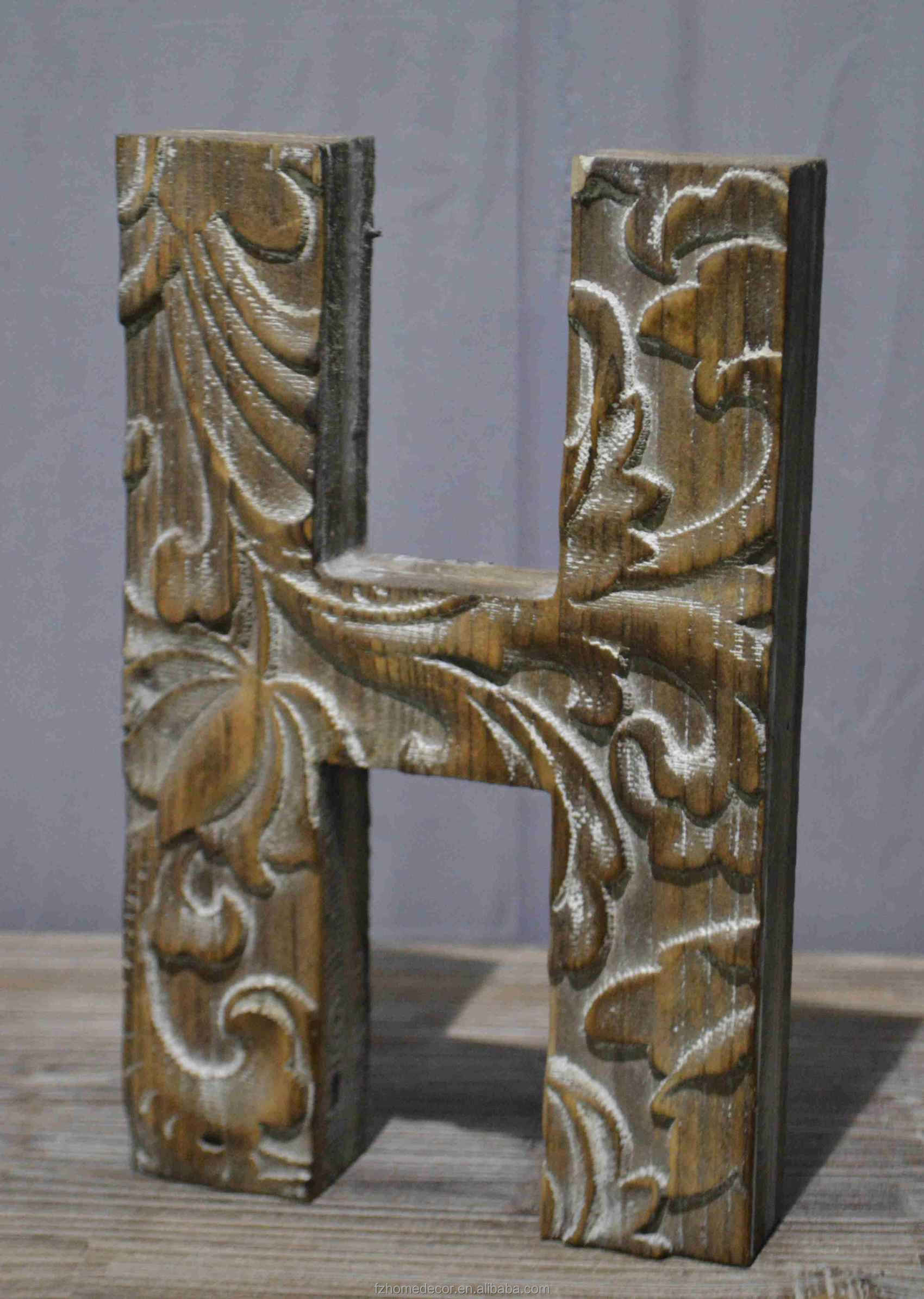 small wood carving letters can standing on the desk with good price and high quality