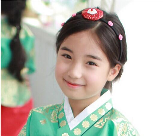 Quần áo bé gái Hàn Quốc