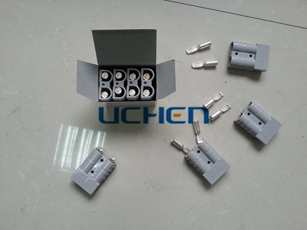 Uchen Manufacture Electric Forklift Battery Charger Power