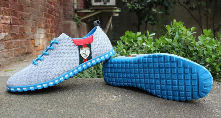 ab94870a69f chaussure ferrari bleu wish