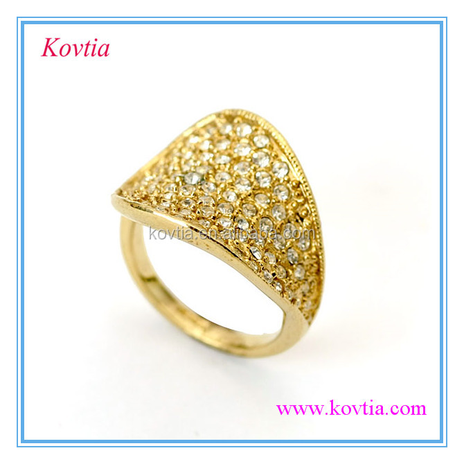 Fashion design crystal inlay dubai yellow gold jewelry rings View