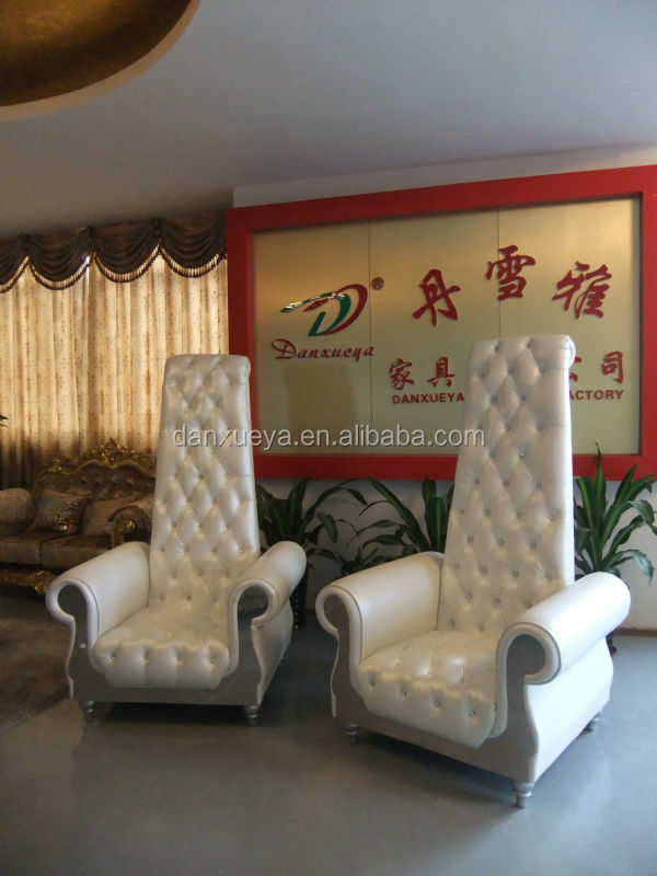 2017 Hot Sale Modern Exotic Noble Style White PU Leather High Back Pedicure  Chairs