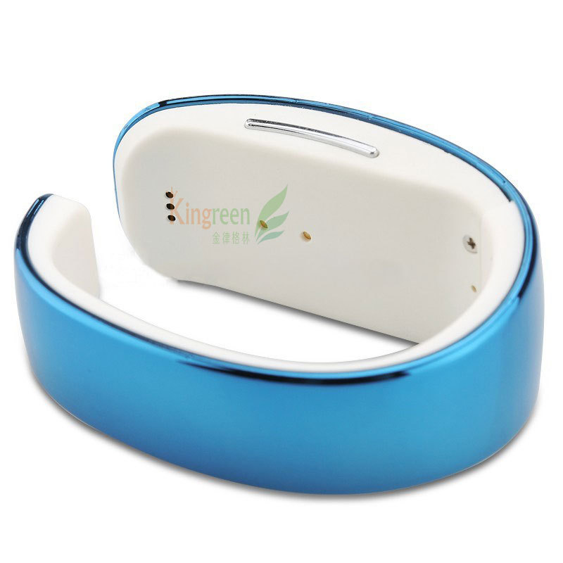 Y02 Bluetooth Smart Bracelet - LCD Screen Display, Pedometer, Sleep Monitor, Hands-Free, Phonebook Sync, Remote Camera