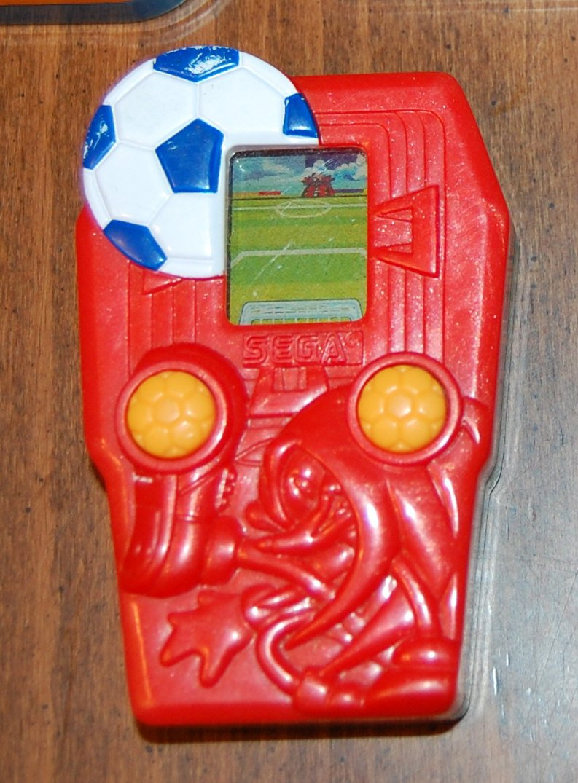 Knuckles Soccer Handheld Sega Games McDonald's Happy Meal Toys