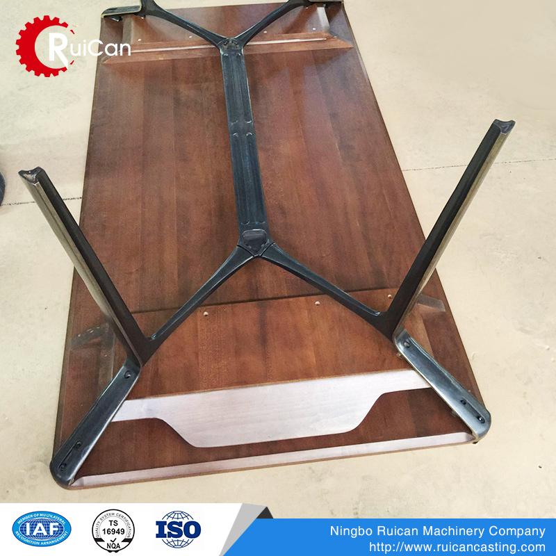China Laton Proveedor Y Acero Metal Patas De La Mesa Plegable Para