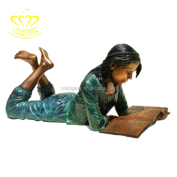 Outdoor garden home decor brass Metal Craft New product Life Size Reading Books children Statue for Sale