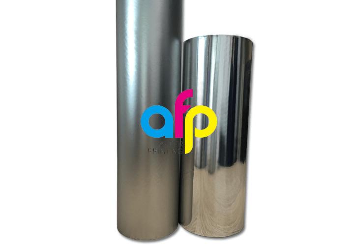 Korona Tedavi Edilebilir Yazdırılabilir Metalize Alüminyum PET Film / Ayna Metalik Polyester Film Şeridi Termal Laminasyon