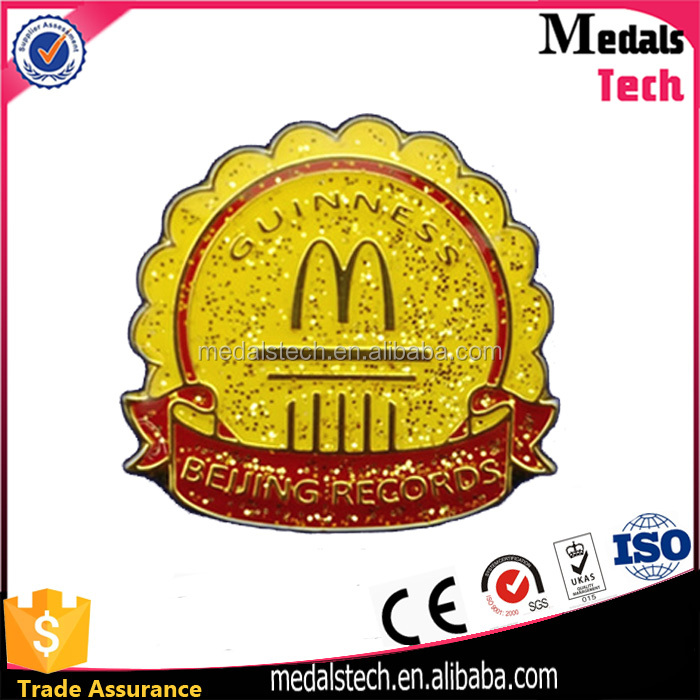 Best selling fashion iron casting glitter soft enamel gold metal badge