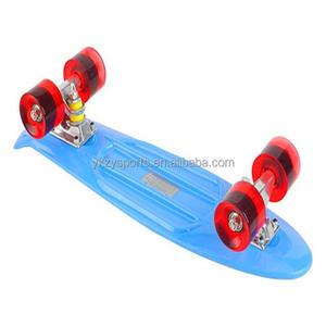 2018 new design plastic mini skateboard