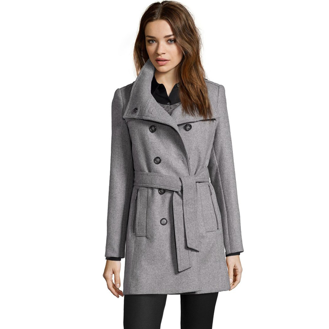 petite-woman-winter-coat