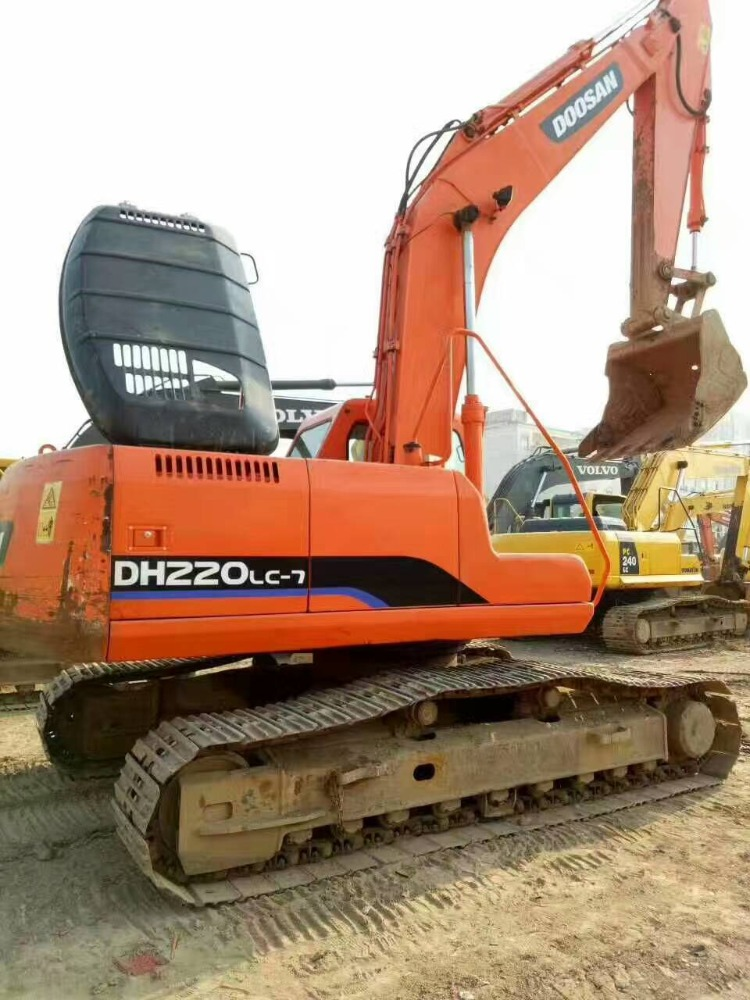 Good Condition DH220 Excavator Used DH220LC-7 Hydraulic Excavator For Sale