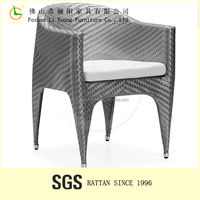 foshan city furniture manufacturers supply Armrest Dining Chair LG63-2301