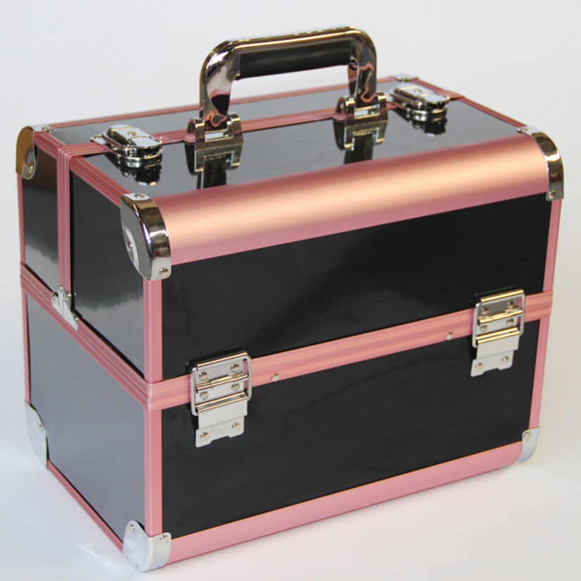 Metal makeup case