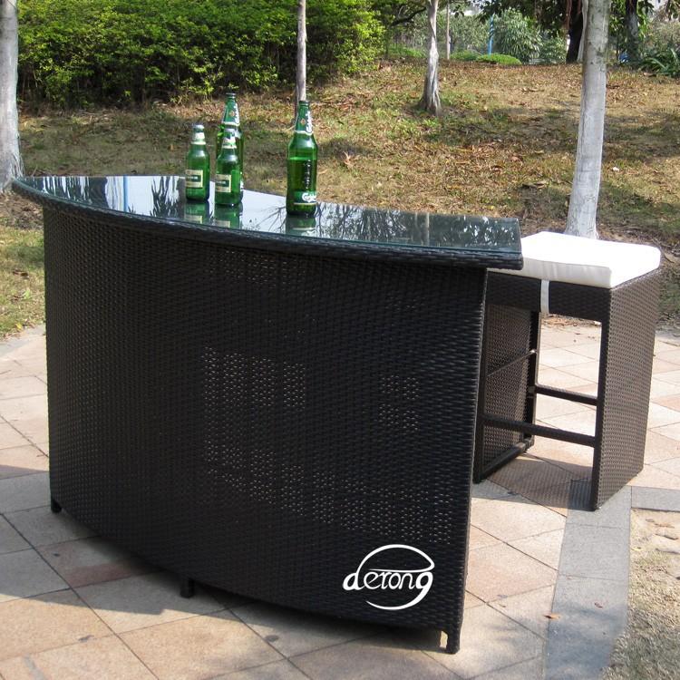 Mobili da giardino in rattan pe bancone bar tavolo e alta for Ikea bancone bar