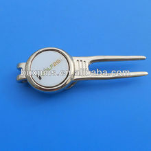 fashion ball marker logo with divot tool for golf