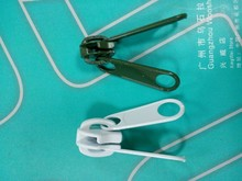 factory supply high quality two sided zipper slider for sweaters zippers