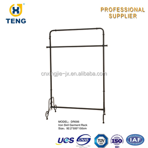 Wire Skill Display with Round Rail Clothing Shop Display Racks