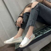 2018 New Style Fashion Manufacturer Wholesale Comfortable Loft Flat Latest ladies canvas shoes
